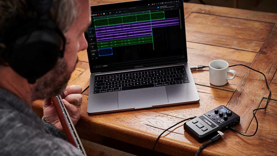 Le BOSS POCKET GT peut être utilisé comme interface audio