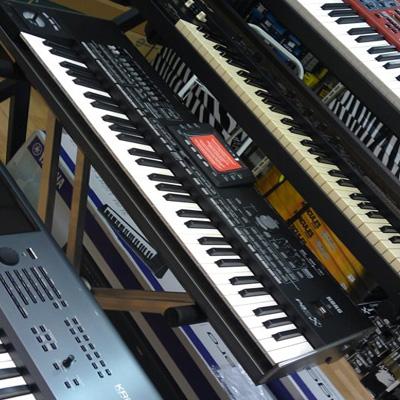 Claviers et pianos numériques